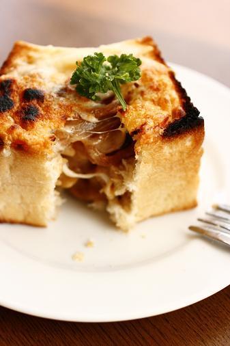 ミニ食パンでパングラタン