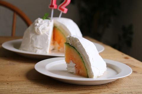 まるごとメロンのドームケーキと肉ブーケ