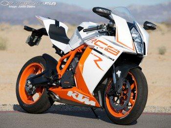 KTMのRC8が公式から消えたんじゃけど IDにバイクの名前が出たらネ申