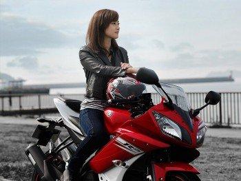 彼女が初バイクを納車! IDにバイクの名前が出たらネ申