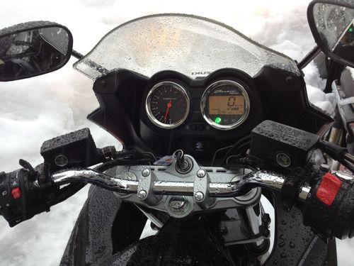 バイクのハンドル周りをもっともゴテゴテさせたい