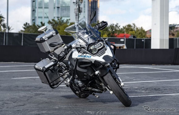 【朗報】BMW、ついにライダーレスバイクの市販プロトタイプを発表