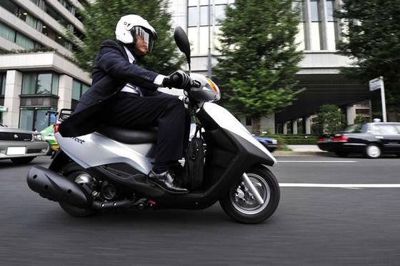 街中での125ccスクーターのオラつきっぷりは異常wwwwww