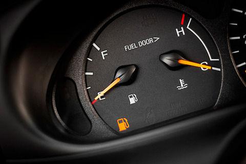 【真面目なスレ】車でガソリンがぎりぎりになるとガソリンランプが点灯するじゃん