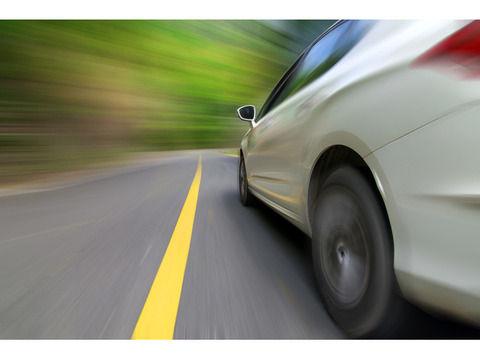 俺「170キロで車ブイーン!」t、そこに俺の前に車線変更してきた車が・・・