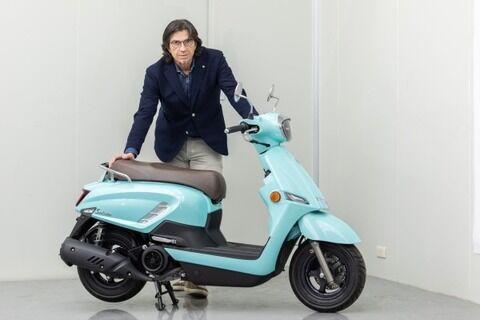 【朗報】スズキさんイタリア人デザイナーに頼んでレトロなお洒落なスクーターを作ってしまう