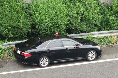 県警パトカーが高速道路で事故 損害賠償325万円支払いへ