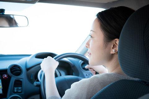 AT車「安全運転で参ります 私の指示に従って操作して下さい」