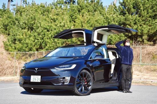 「ガルウィングはイヤ。ダサい恥ずかしい」…テスラの新型EV「モデルX」女子からの評価が最悪だったことが判明