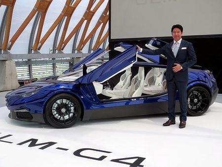 「和製フェラーリ」の試作車、京大発EVベンチャーGLMが公開-航続距離400キロ、価格4000万円