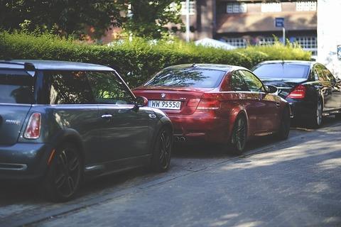 cars-791327_640