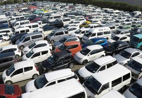 【悲報】台風21号の高潮 神戸港の輸出中古車、数千台が廃車「動かすこともできず、まさに塩漬け」 全容把握できず、5~7千台か