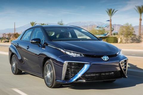 Toyota-Mirai-front-large