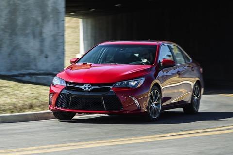 2015-Toyota-Camry-US-spec