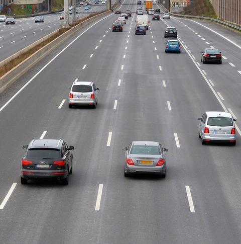 highway-2228541_640