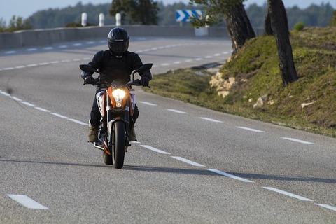 biker-2157021_640