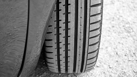 tyre-2400516_640