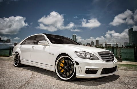 Mercedes_w221_s65_amg_black_on_white_exclusive_motoring_0