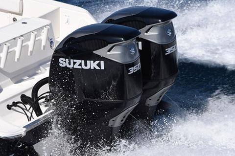 スズキ、V型6気筒4390ccツインエンジンのモンスターマシンを発表!