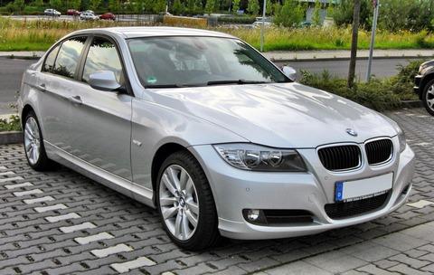 BMW_3er_(E90)_Facelift_20090720_front