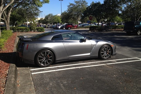 can-you-really-drive-a-nissan-gt-r-every-day