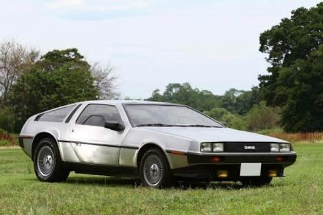 【悲報】1980年代の車のデザインがダサすぎるwwwwwwww