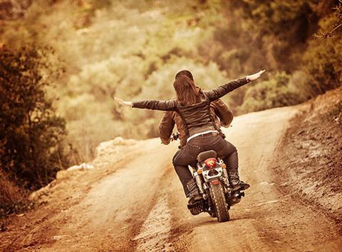 motorcycle-love-500x370