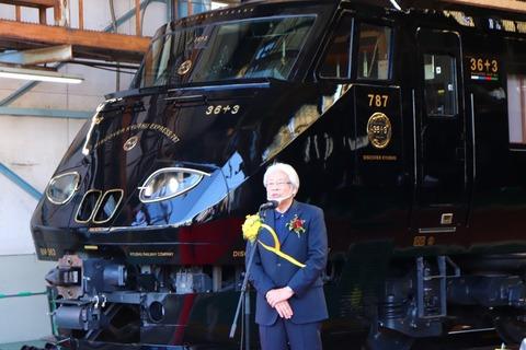 【画像】九州の新しい電車、かっこいい