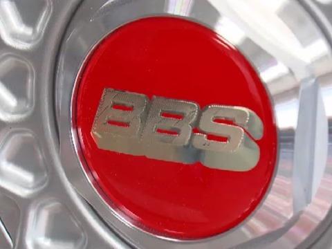 高級車向けのタイヤホイールメーカー「BBSジャパン」の偽物販売、兵庫県の会社員を逮捕 偽物の中には安全基準を満たしていないものも