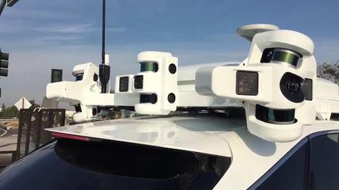 【画像】Apple「市販車に後付できる自動運転装置作ったぞ!!」