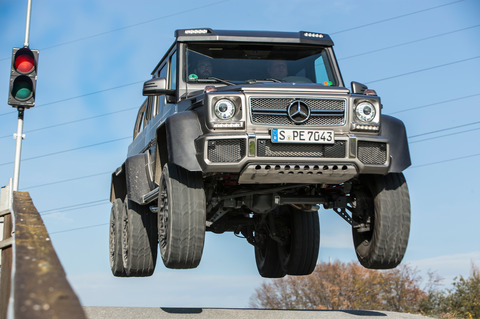 2014-Mercedes-Benz-G63-AMG-6x6-front-mid-air-jump