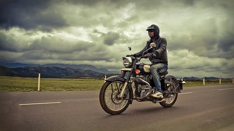 bike-rider-1639323_640