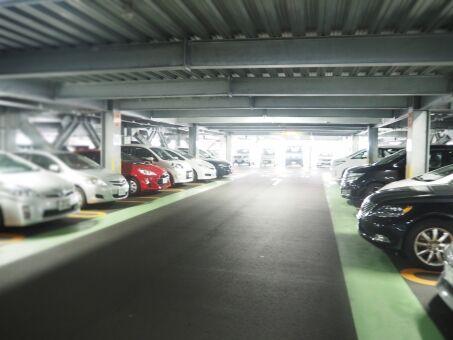【緊急】おまえら助けてくれ イオンの駐車場で適当なとこ停めたはいいけどどこかわからなくなった