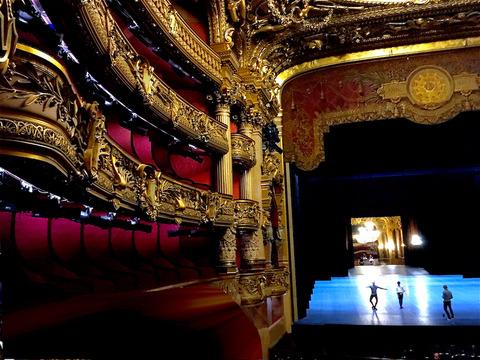 1030 Paris Opera 8