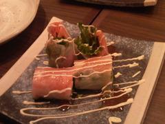 鮭とクリームチーズの生春巻き