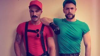 110721_gaymario_1