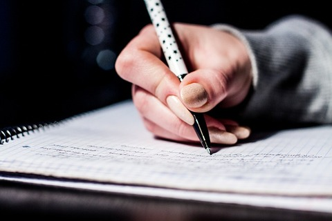 writing-933262_640 (1)