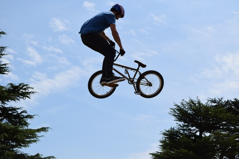 air-bicycle-bike-vehicle-action-extreme-sport-888619-pxhere.com