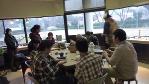 陶芸教室(作業中の様子)
