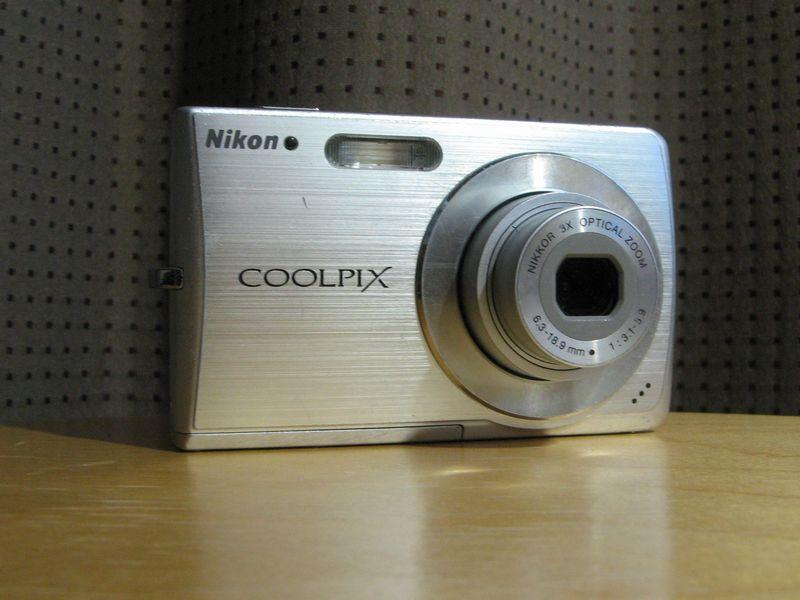 �COOLPIX_S200_FF
