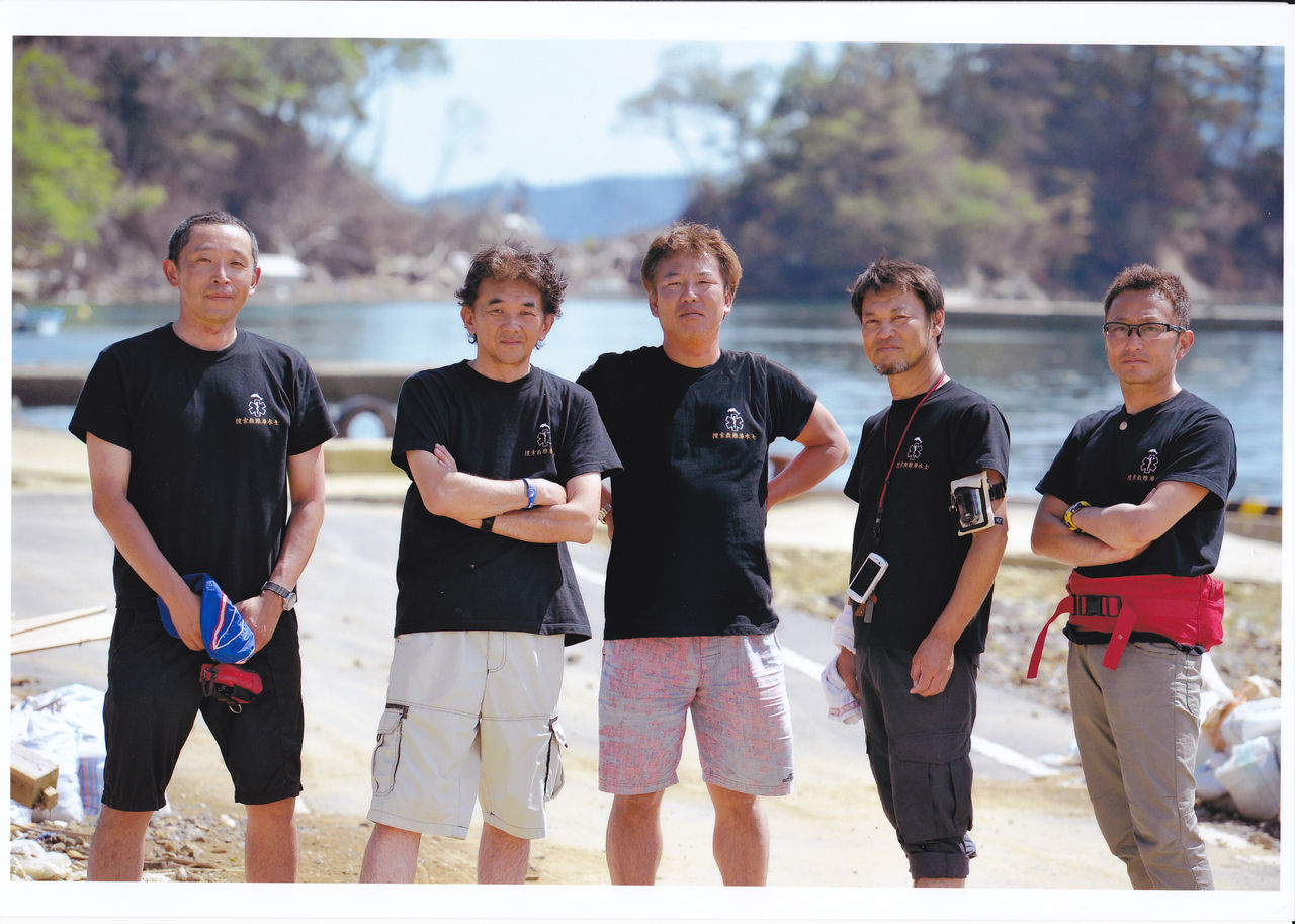 IMG (捜索メンバーです。左から服部、山崎、大石、太田、大坪)事務局です。8月... 潜水捜索