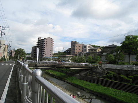 湯殿川と君橋付近