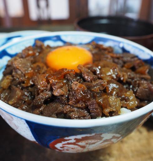 松尾食堂@日吉町(福岡県久留米市)肉丼(玉子入り)+お吸い物