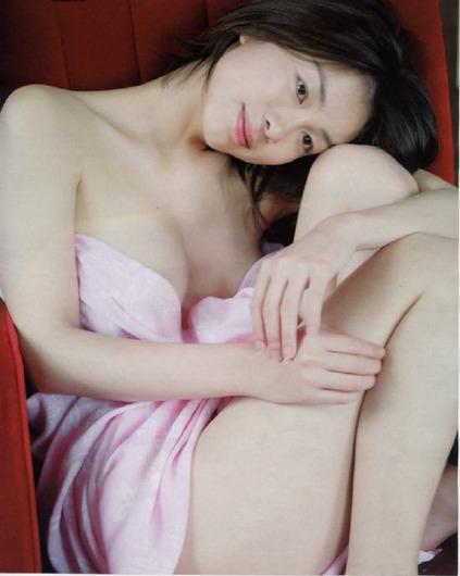 岡本綾 画像 (1)