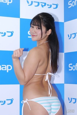 高杉杏 ヌード  (25)
