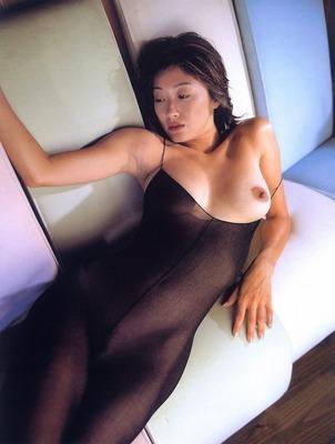 有賀美穂ヌード (62)