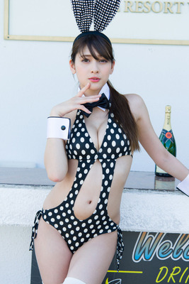 アンジェラ芽衣 ヌード (66)
