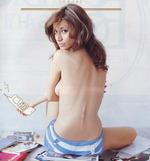 マリエ セミヌード画像 (1)