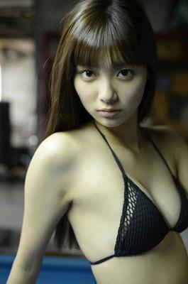 新川優愛 ヌード (36)