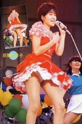 荻野目洋子 ヌード (36)